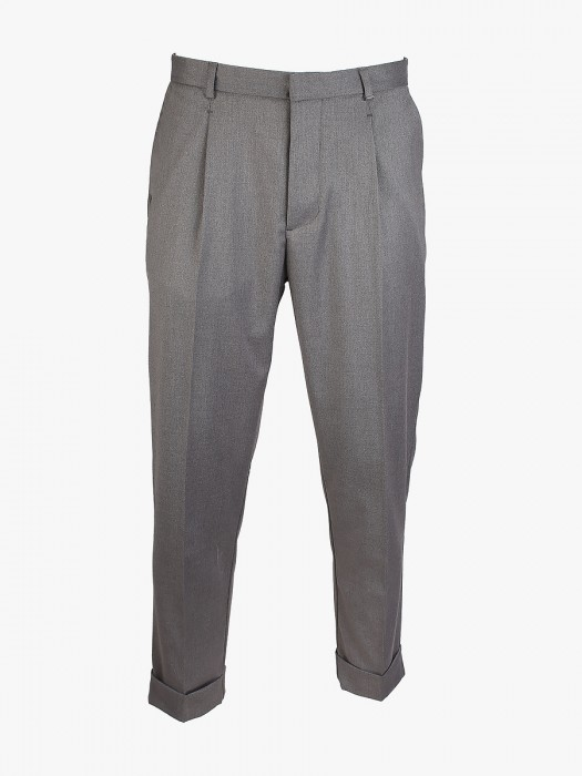 I'm Brian grey pant with pinces