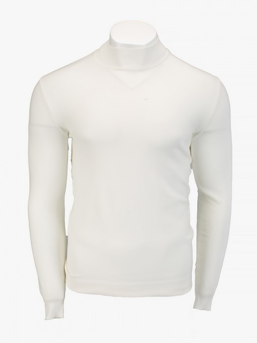 Tailor made high neck thin knitted blouse